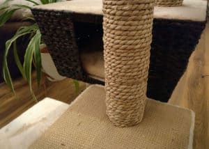 Der Nobby Kratzbaum überzeugt optisch mit einem sehr ansehnlichen und wertigen Materialmix.